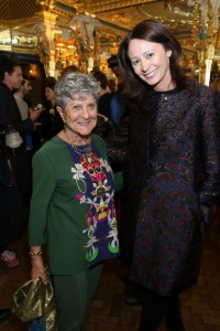 Quelle / Foto: britishfashioncouncil / Darren Gerrish - Joan Burstein (Browns) & Caroline Rush CBE (British Fashion Council)
